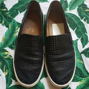 🌿14th & Union Black Slip-On Shoes Size 7.5🌿